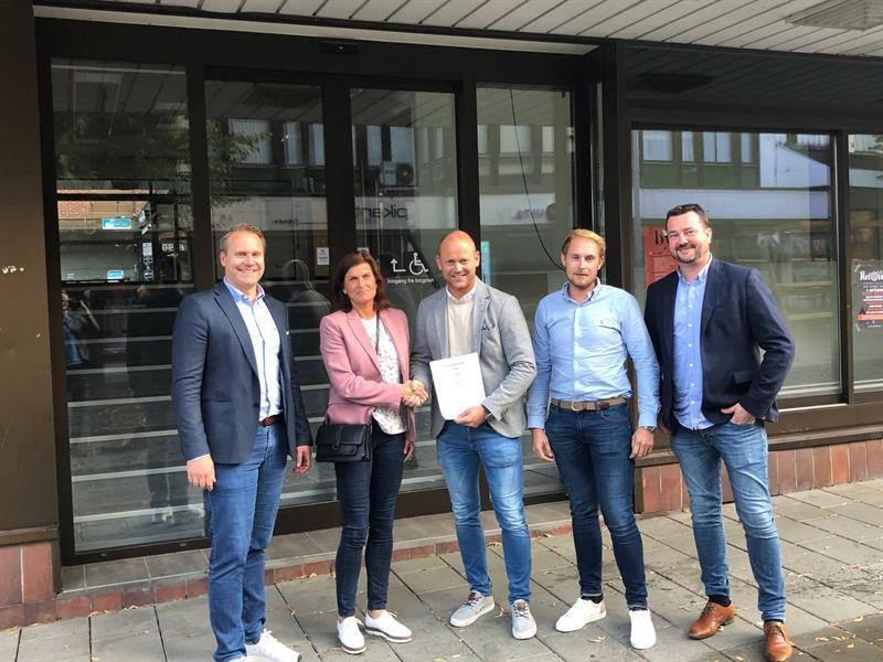 Morten, Lise, Torkil, John André og Ian bilde 2